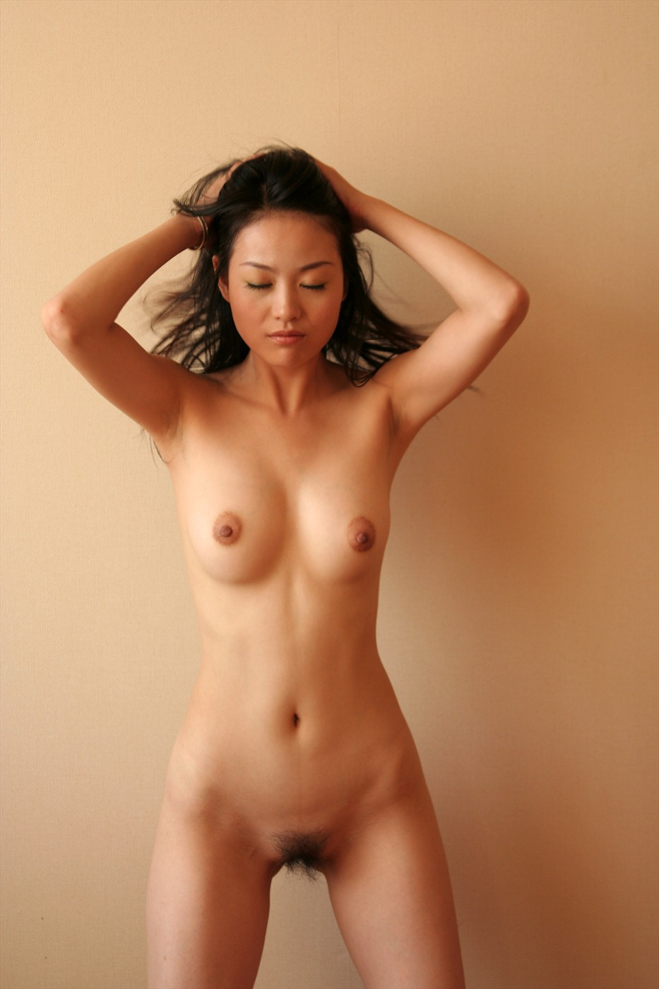 China xxx naked picture