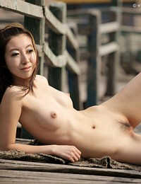 Chinese Nude Xunlin Spring