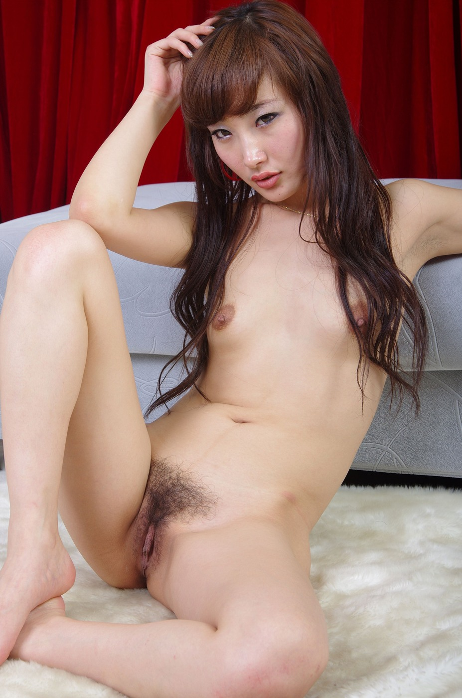 Hairy chinese nude model