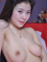 Chinese Nude Girl Cheng