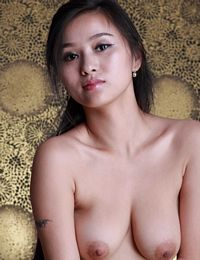 Asian Nude Xinyi