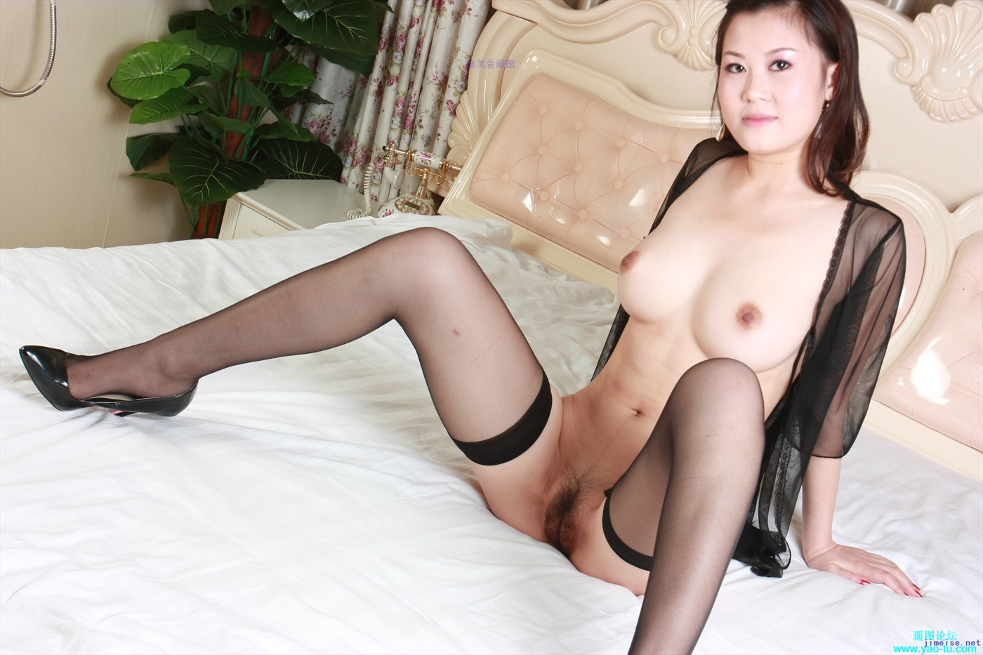Erotic nude photos of chinese women