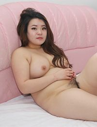 Yingying Hairy Juicy Pussy