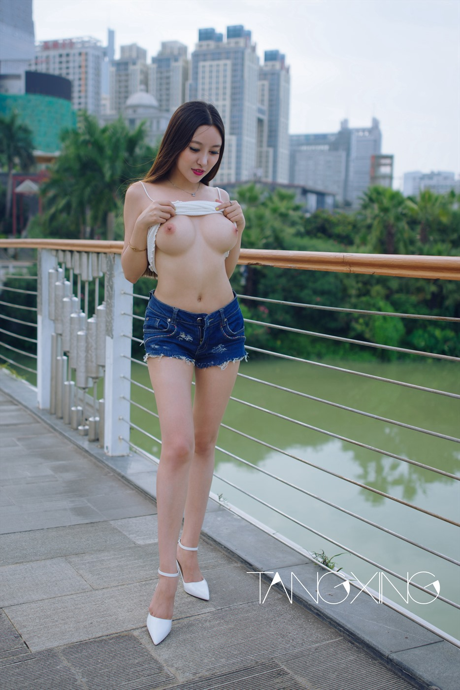 Chinese big tits nude all