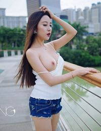 Chinese Girl LiZiXi Big Tits